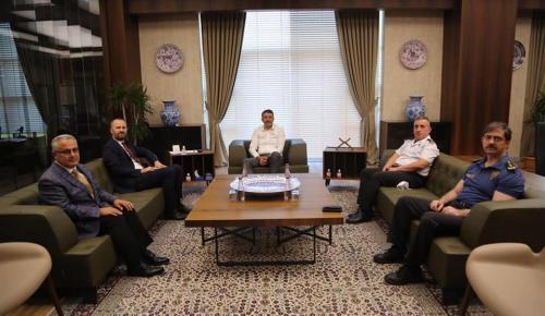 PTT GENEL MÜDÜRÜNDEN VALİ ALİ ÇELİK'E ZİYARET