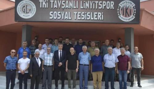 ESKİ FUTBOLCULAR TAVŞANLI LİNYİTSPORU ZORA SOKUYOR